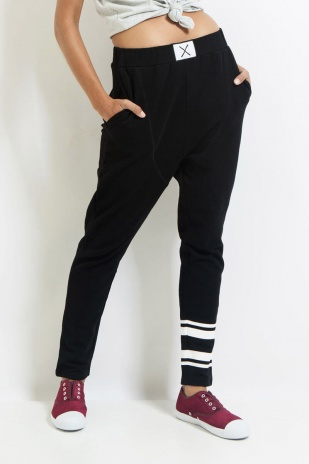 ICE_BREAKER_TRACKIE_BLACK_FRONT_CROP-3